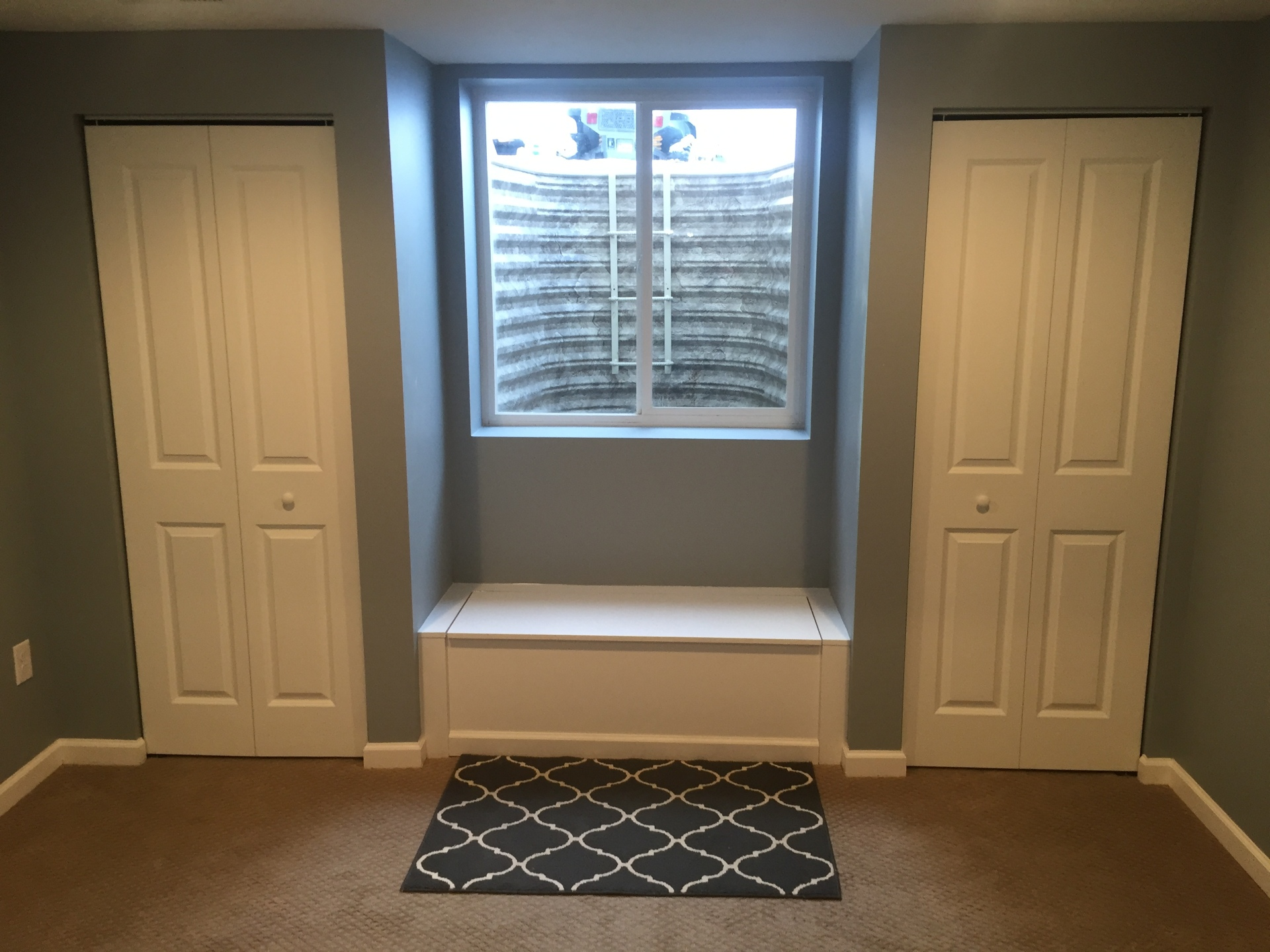 Closet doors with bench seat